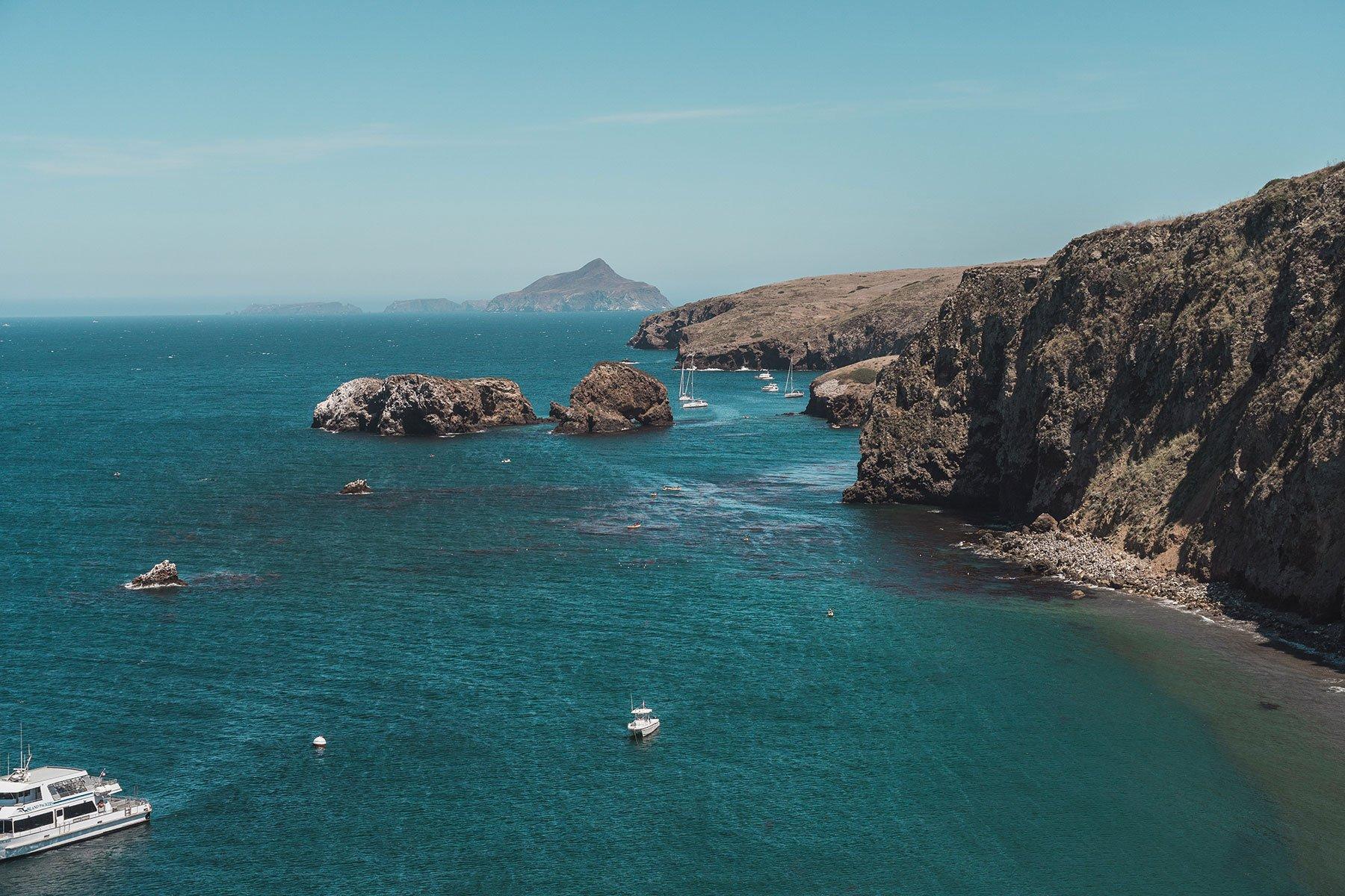 santacruz_island