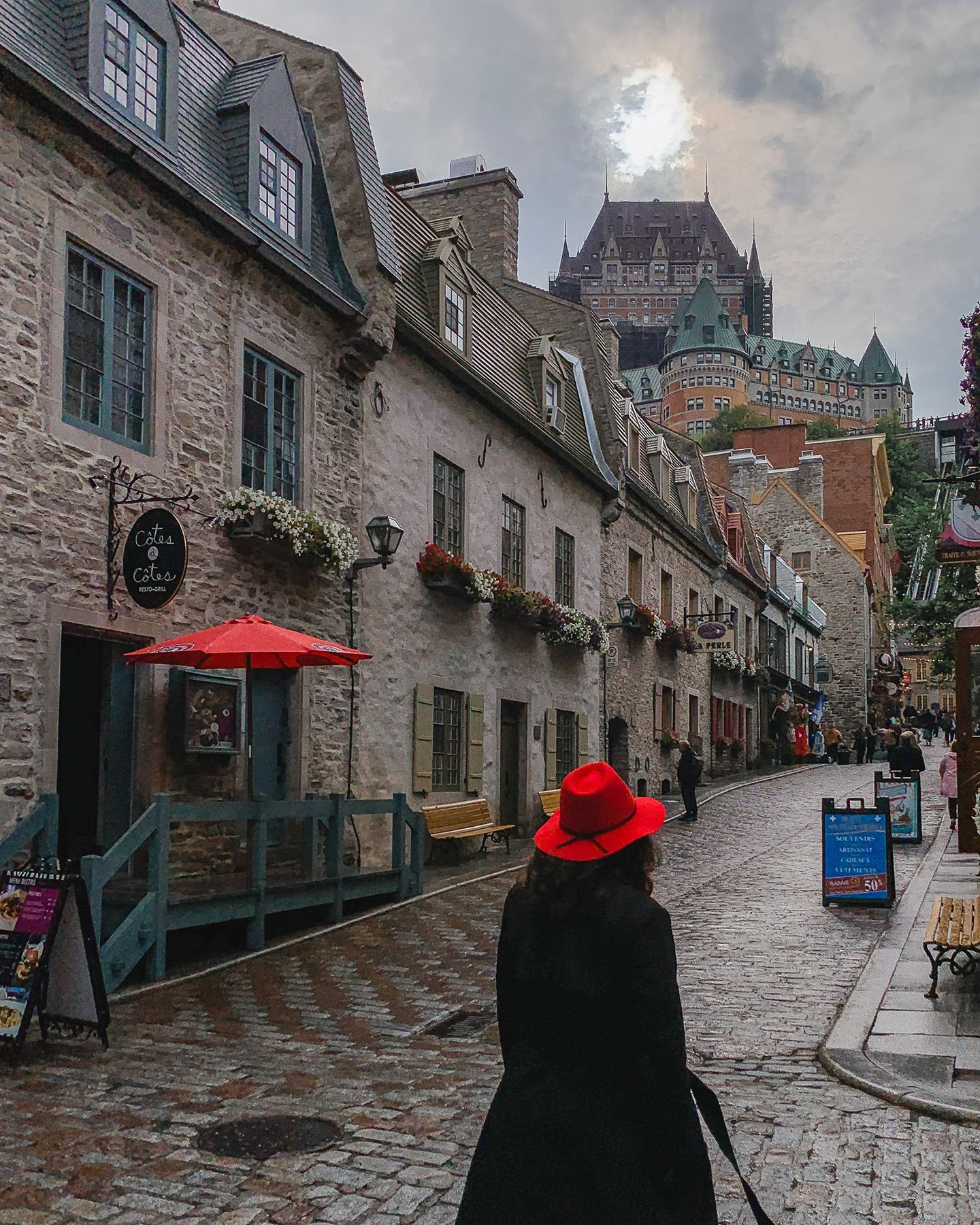 Chateau_Frontenac_from_old_quebec