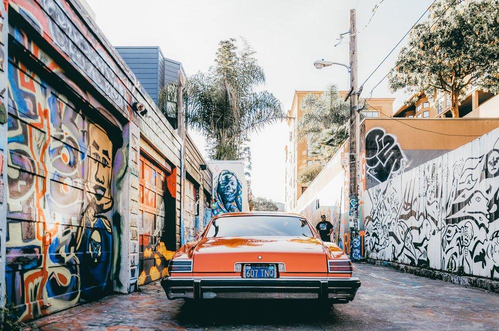 Mission Street murals